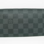 グラフィット財布
